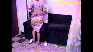 سكس دكتور ينيك مريضة أشرطة الفيديو الإباحية العربية في Www.wapoz.info