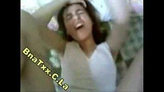 فتاة مصرية ممحونة تصرخ لإنه أول زب يدخل في كسها وهي مش قادرة Xxx